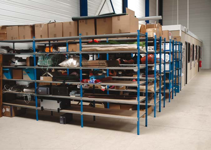 STOCKAGE LEGER - MAGASIN